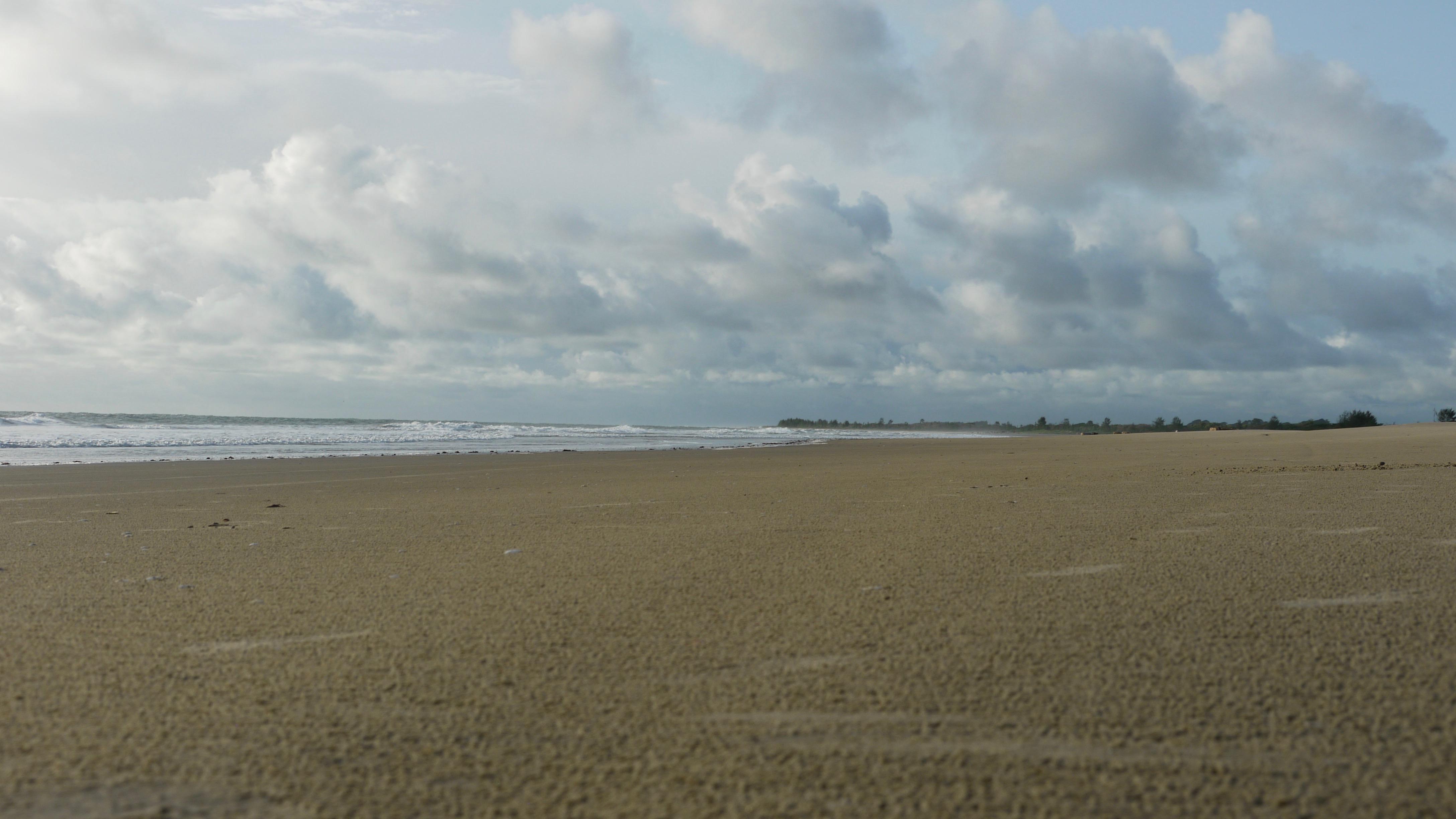 La plage après la pluie